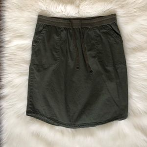 Cute army green drawstring skirt with pockets